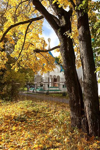 Tsar's porch. Autumn. 1