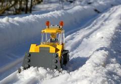Snough Plow (2/2) (captain_joe) Tags: schnee snow toy spielzeug 365toyproject lego minifigure minifig moc car auto