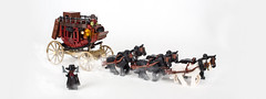 The Hateful Eight – The Stagecoach (roΙΙi) Tags: thehatefuleight quentin tarantino quentintarantino roguebricks western stagecoach horses coach cowboy afol lego