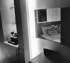 mirror (amazingstoker) Tags: dubai room media monochrome white mirror black one hotel city stark schwarzweis