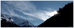 vent du sud (Jeanne Valois 64) Tags: montagne pyrénéesatlantiques béarn valléedossau aquitaine nouvelleaquitaine nuages vent soleilcouchant cailloudesoques bleu blue france forêt contrejour