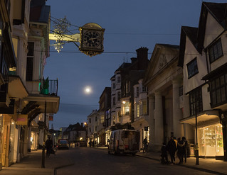 030-2018-365 Supermoonrise over Guildford (Explored)