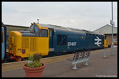 No 37407 21st Feb 2018 Great Yarmouth (Ian Sharman 1963) Tags: no 37407 21st feb 2018 great yarmouth class 37 station engine railway rail railways train trains tractor loco locomotive passenger greater anglia anglian drs diesel direct services service norfolk norwich