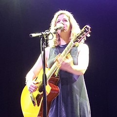 Dar Williams (Rockin' KE) Tags: acoustic concerts darwilliams delmarhall folk instagram missouri stlouis