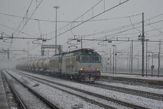 E652.064 + E652.111 Mercitalia Rail - MRV Verzuolo - Massa Zona Industriale