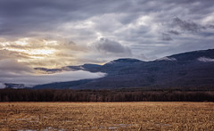 Winter Warm Up (Roy Manchester) Tags: catskill newyork unitedstates us 5dsr canon canonllenses availablelight mountains manfrotto 7020028lisii ef70200f28isiiusm eos ef llenses landscape sun sky clouds colors
