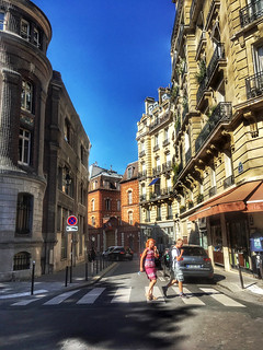 History of Paris - Crossing rue Chanoinesse in the 4th Arrondissement