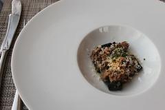 Chef's Tasting Menu @ Sixteen in Chicago (Symbiosis) Tags: chef'stastingmenusixteen chicago sixteen trumptower chicagoil restaurant brassicas baconlardons goatcheesecurrants