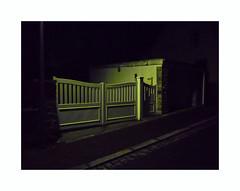 Vert luisant (hélène chantemerle) Tags: rue urbain portail nocturne nuit vert street urban gate night green black
