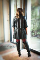 elle361 (Cuir Couple) Tags: cuir leder leather cuero veste jacket jupe skirt pantalon pant hosen mistress maitresse cuissardes maître master bondage bdsm