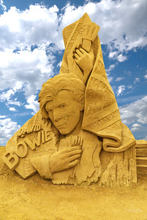 David Bowie, Sandkulptur