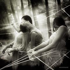 Ties (Saurí) Tags: ties drama dramatic conceptual plata nikon d810 saurí dancers ballerina