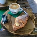 Breakfast in Seville - POTD #221 thumbnail