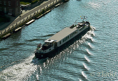 100615 pMP 180302 © Théthi ( 9 pics ) (thethi (pls, read my 1st comment, tks a lot)) Tags: vehicule peniche bateau fleuve eau vallée meuse profondeville faves38 faves50