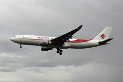 7T-VJC (FabioZ2) Tags: londra airbus a330202 airalgerie atterraggio