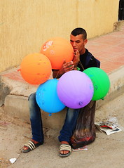 Blind Balloon seller, Morocco (klauslang99) Tags: streetphotography klauslang blind balloon seller morocco person