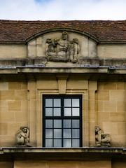 Window Wains (Steve Taylor (Photography)) Tags: snake architecture window roof glass stone tile uk gb england greatbritain unitedkingdom london artdeco eltham elthampalace palace relief