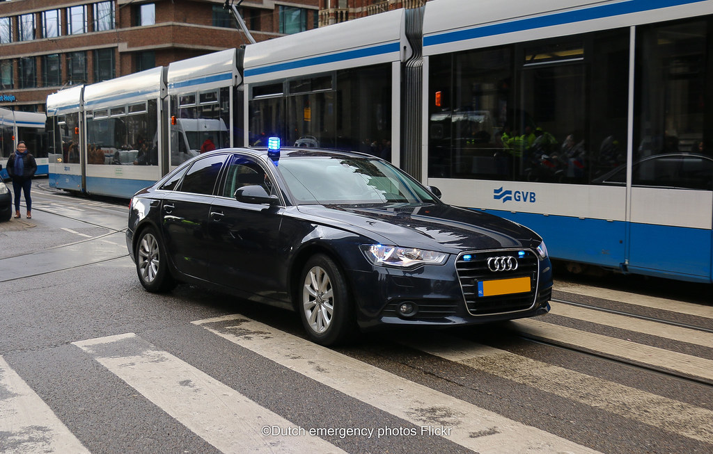 The worlds most recently posted photos of audi and lights flickr dutch royal security audi dutch emergency photos tags politie police audi blue lights aloadofball Images