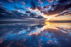 Morning glory... (Gerry Gutteridge) Tags: ©gerrygutteridge canon seascape sunrise ocean sky skyscape outdoor cloud reflection