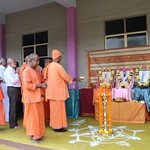 "Guru Puja 2018 _ 01 (42) <a style=""margin-left:10px; font-size:0.8em;"" href=""http://www.flickr.com/photos/47844184@N02/39559216822/"" target=""_blank"">@flickr</a>"