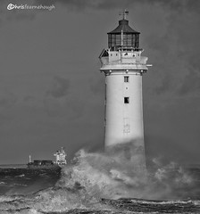 Rough crossing CO1A0679 (chris fearnehough) Tags: perchrock lighthouse newbrighton newbrightonlighthouse ships mersey wirral liverpool roughsea ferry