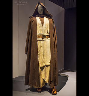 Star Wars & the Power of Costume - Jedi Master Obi-Wan Kenobi