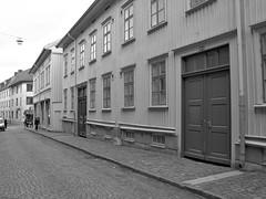 Skolgatan, Haga, Göteborg, 2011 (biketommy999) Tags: göteborg 2011 biketommy biketommy999 sverige sweden svartvitt blackandwhite haga