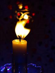 dancing flame (Make our PLANET great again !) Tags: macromondays flame flamme bougie candle lumière light bokeh macro nikon
