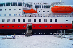 Kong Harald (kfinlay) Tags: ship boat hurtigruten norway norge scandinavia winter port harbour freezing snow travel arctic