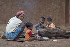 Kawardha -Chhattisgarh - India (wietsej) Tags: kawardha chhattisgarh india sony a100 sonydslra100 zeiss 13518 sal135f18z sonnar13518za family morning fire wietse jongsma bhoramdeo