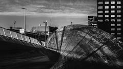 (Kijkdan) Tags: blackandwhite monochrome architecture architectuur rotterdam city