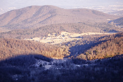 Sandy Bottom and Hanse Mountain (Vladimir Grablev) Tags: view hills usa dawn sunrise haze morning nature nationalpark mountains shadows virginia panorama background early contrast appalachian sun shenandoah colorful rural beautiful bright forest scenic skylinedrive landscape park national travel valley aspectratio3x2 elkton unitedstates us