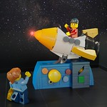 [MOC] To Space and Back for 50 Cents! thumbnail