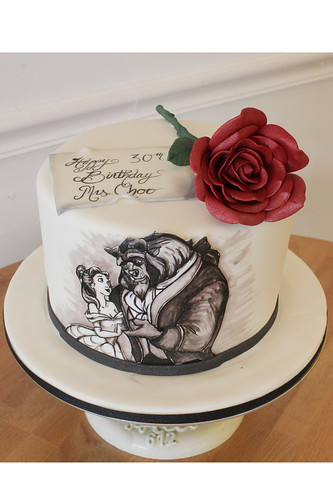 Single Tier Rose Beauty Beast Cake