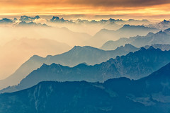 Near the sky (Rita Eberle-Wessner) Tags: landscape switzerland schweiz appenzell alpstein säntis alpen alps berge mountains gebirge hochgebirge gipfel peaks landschaft gletscher sonnenaufgang sunrise 6länderblick berg himmel clouds mist dunst