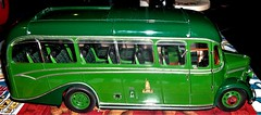 Bedford OB coach in King Alfred livery in 1/24th scale. (Ledlon89) Tags: bedfordob bedford coach duple kingalfred winchester britishcoaches sunstarmodels scalemodels scaleddown diecastmetal diecastmodels bus coaches