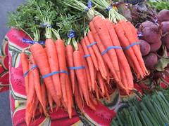 January 27: Carrots (earthdog) Tags: 2018 canonpowershotsx720hs canon powershot sx720hs food edible carrot farmersmarket santaclara