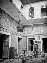 Pull (GavinZ) Tags: northafrica tunis tunisia travel bw bnw blackandwhite pull worker renovation house architecture street