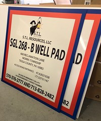 STL Resources (Sir Speedy Pittsburgh) Tags: well pad signage sign reflective construction oil drilling large format outdoor outside