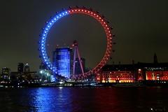 Blue and red London Eye (Bex.Walton) Tags: lumierelondon lumiereldn artichoketrust art lights illuminations london lightfestival architecture londoneye colours londonbynight night