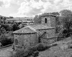 Iglesia de Santa María de Hoyos - (Valdeolea)