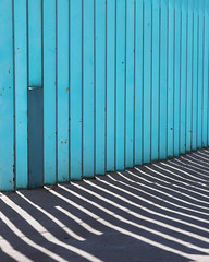 (l.observer) Tags: granada andalucia andaluz abstract street shadow line lineas lines light lights luz luces blue calle composition canon colors minimalismo minimalism minimal