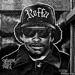 Rotterdam Graffiti (Akbar Sim) Tags: rotterdam holland nederland netherlands wallsskin graffiti bw zwartwit akbarsim akbarsimonse eazye rapper character