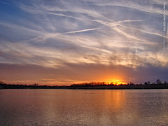 Sunset in JoCo, 19 Feb 2017 (photography.by.ROEVER) Tags: kansas trip roadtrip 2017 february february2017 sunset endofroadtrip johnsoncounty heritagepark lake usa explore inexplore