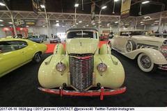 2017-05-16  0828 Cars - Mecum Auction 2017 (Badger 23 / jezevec) Tags: 2016 20160519 jezevec mecum mecumautoauction indianapolis indiana auction sale bid indianastatefairgrounds photo photos picture image car 汽车 汽車 gas advertising antique collectible history automotive photography znak tegn zeichen signo märk signe ženklas sein 記号 знак merkki 符號 צייכן علامة 标志 路标 شعار ցուցանակ চিহ্ন реклама uithangbord americana