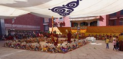 Masked dance at Sakya Gonpa, Tibet 2017 (reurinkjan) Tags: tibetབོད བོད་ལྗོངས། 2017 ༢༠༡༧་ ©janreurink tibetanplateauབོད་མཐོ་སྒང་bötogang tibetautonomousregion tar sakyaས་སྐྱ།county sakyamonasteryས་སྐྱ་དགོན་ sakyagས་སྐྱ། དཔལ་ལྡན་ས་སྐྱའི་ལྷ་ཁང་ཆེན་མོ sakyaparedhatས་སྐྱ་པ་saskyapa danceཞབས་བྲོ་རྒྱག་zhabsbrorgyag maskeddance monkགྲྭ་བ།grwaba festivalདུས་ཆེནduschen faceགདོང་པ་dongpa གདོང༌dong གདོང་ཁdongkha portrait portraiture facecolorགདོང་མདོགdongdok portrayal picture photograph tibetannationalitytibetansབོད་རིགས།bodrigs tibetannationtibetanpeopleབོད་ཀྱི་མི་བརྒྱུདbökyimigyü