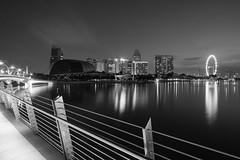MBS (frank.gronau) Tags: licht light white black weis schwarz skyline singapur singapore 7 alpha sony gronau frank