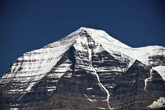 Mt Robson - 2 (Select42) Tags: mountain mountainpeak outdoor nature britishcolumbia snow landscape ridge