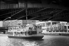 Dark Bridge Bright Star.jpg (Milosh Kosanovich) Tags: underriverbridge chicagoriver chicago bwfilm minoltax700 film vintagefilm epsonv750pro chicagotourism kodaktmaxrsdeveloper miloshkosanovich chicagophotographicart kodaktmax100 chicagophotoart brightstar chicagophotographicartscom mickchgo shorlinesightseeing