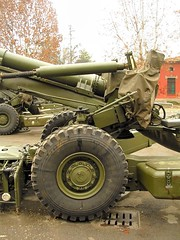 "FH-70 155mm Field Howitzer 8 • <a style=""font-size:0.8em;"" href=""http://www.flickr.com/photos/81723459@N04/25982282298/"" target=""_blank"">View on Flickr</a>"